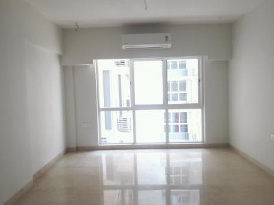 Gallery Cover Image of 1850 Sq.ft 3 BHK Apartment for buy in Bandra East for 35000000