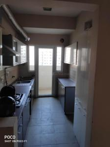 Gallery Cover Image of 1320 Sq.ft 3 BHK Apartment for rent in Supertech Cape Town, Sector 74 for 20000