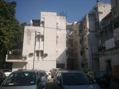 Gallery Cover Image of 1150 Sq.ft 2 BHK Apartment for buy in Vasant Kunj for 20000000