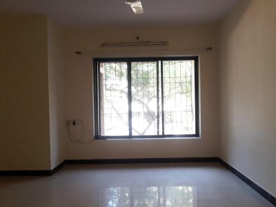 Gallery Cover Image of 900 Sq.ft 2 BHK Apartment for rent in Kandivali East for 34000