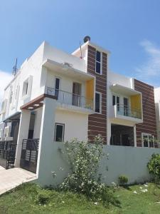 Gallery Cover Image of 1750 Sq.ft 4 BHK Independent House for buy in Madambakkam for 6800000