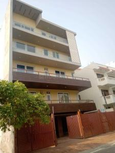 Gallery Cover Image of 3200 Sq.ft 4 BHK Independent Floor for buy in Sector 41 for 22500000