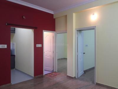 Gallery Cover Image of 800 Sq.ft 2 BHK Apartment for rent in Jeevanbheemanagar for 17000