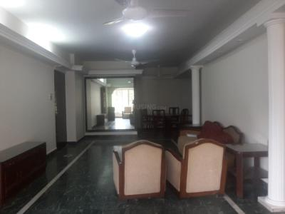 Gallery Cover Image of 1600 Sq.ft 2 BHK Apartment for rent in Venus, Tardeo for 170000