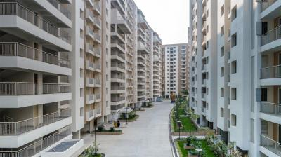Gallery Cover Image of 1310 Sq.ft 3 BHK Apartment for rent in Emami City, South Dum Dum for 25000