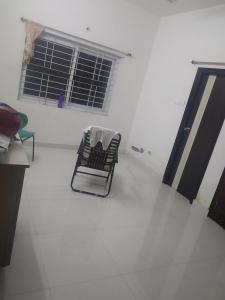 Gallery Cover Image of 1500 Sq.ft 1 BHK Apartment for rent in Kavadiguda for 11000