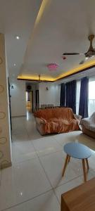 Gallery Cover Image of 1649 Sq.ft 3 BHK Apartment for rent in Prestige Lakeside Habitat, Gunjur Village for 43000