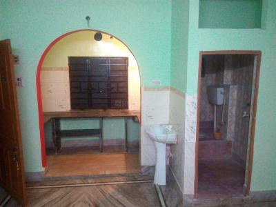 Gallery Cover Image of 900 Sq.ft 1 BHK Apartment for rent in Keshtopur for 8000