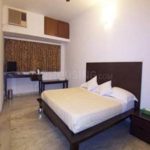 Gallery Cover Image of 1500 Sq.ft 3 BHK Apartment for rent in Kanchanjanga Apartment, Sector 53 for 14000