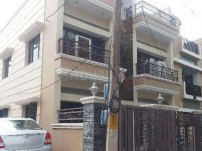 Gallery Cover Image of 1645 Sq.ft 2 BHK Independent House for rent in Sector 10A for 14750