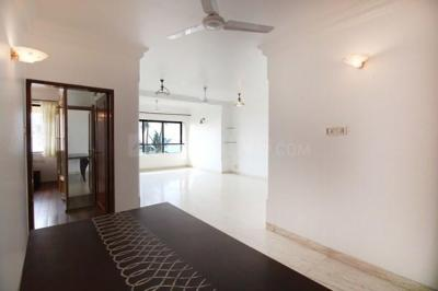 Gallery Cover Image of 1550 Sq.ft 2 BHK Apartment for rent in Bandra West for 215000