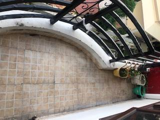 Balcony Image of 650 Sq.ft 1 BHK Apartment for buy in Jakhan for 3900000