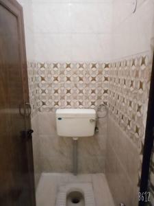 Bathroom Image of Angel Girls PG in Jhilmil Colony