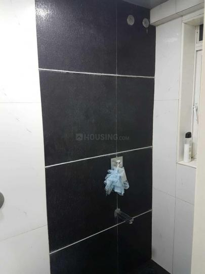 Common Bathroom Image of 1200 Sq.ft 3 BHK Independent House for rent in Santacruz East for 90000