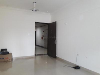 Gallery Cover Image of 1160 Sq.ft 2 BHK Apartment for rent in Kandivali East for 34000