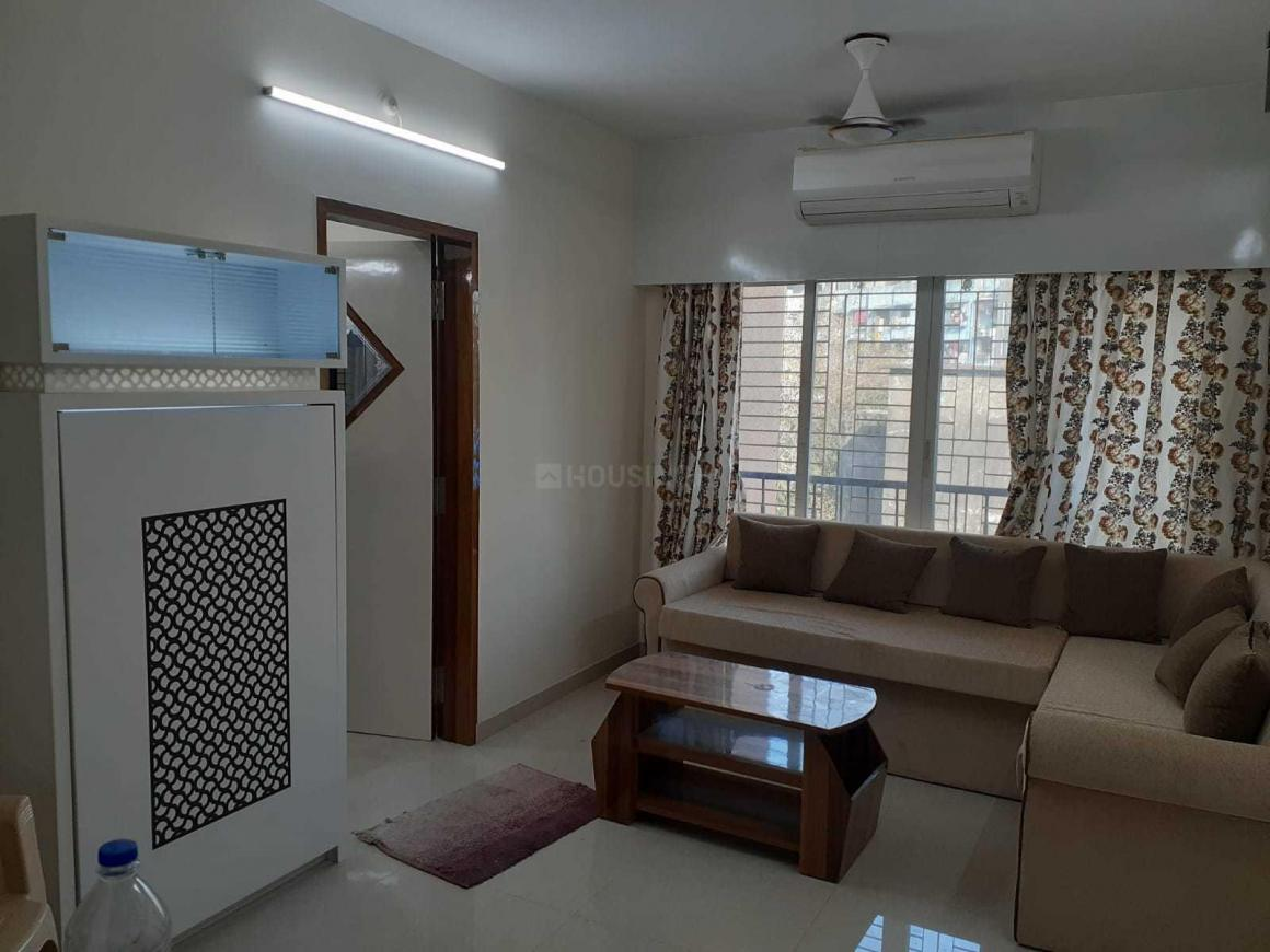 Living Room Image of 715 Sq.ft 1 BHK Apartment for rent in Malad West for 33000