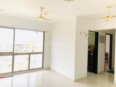 Gallery Cover Image of 1800 Sq.ft 3 BHK Apartment for rent in Victoria House, Bandra West for 90000