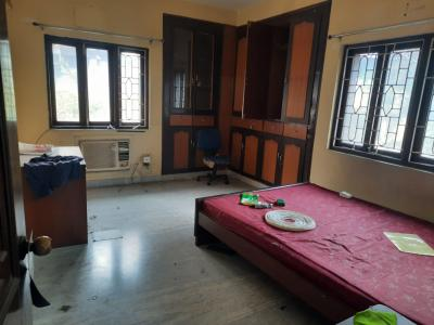 Gallery Cover Image of 2450 Sq.ft 3 BHK Apartment for rent in Diamond Lake Towers, Kalighat for 60000