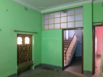 Gallery Cover Image of 800 Sq.ft 2 BHK Independent House for rent in Dum Dum for 6500
