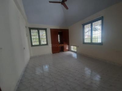 Gallery Cover Image of 1500 Sq.ft 3 BHK Apartment for rent in Besant Nagar for 35000