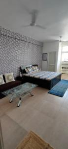 Gallery Cover Image of 499 Sq.ft 1 RK Apartment for buy in Sector 100 for 1610000