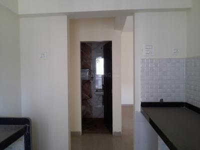Gallery Cover Image of 585 Sq.ft 1 BHK Apartment for buy in Thane West for 6000000