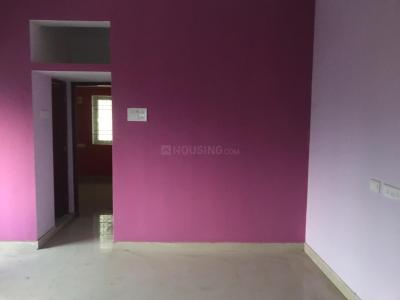 Gallery Cover Image of 800 Sq.ft 2 BHK Apartment for buy in Iyyappanthangal for 3800000
