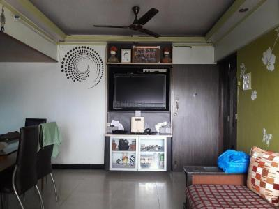 Gallery Cover Image of 850 Sq.ft 2 BHK Apartment for rent in Ghatkopar West for 46000