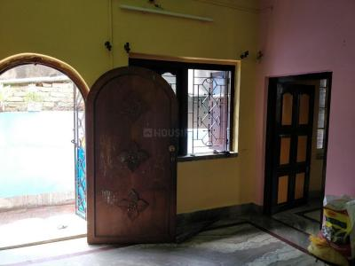 Gallery Cover Image of 570 Sq.ft 1 BHK Independent Floor for rent in Dakshineswar for 5000