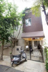 Gallery Cover Image of 1200 Sq.ft 3 BHK Independent Floor for rent in Ramamurthy Nagar for 16000