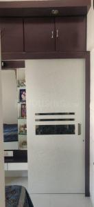 Gallery Cover Image of 800 Sq.ft 2 BHK Apartment for rent in Poonam Apartments, Worli for 70000