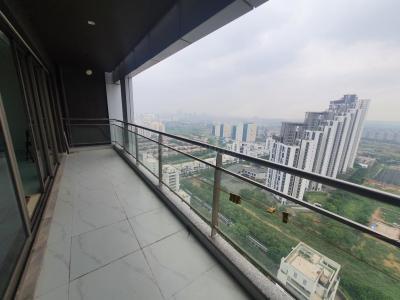 टाटा हाउसिंग प्रिमंती वेर्टिल्ला, सेक्टर 72  में 3  खरीदें  के लिए 72 Sq.ft 3 BHK अपार्टमेंट के लिविंग रूम  की तस्वीर