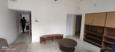 Gallery Cover Image of 1300 Sq.ft 2 BHK Apartment for rent in Navrangpura for 23000