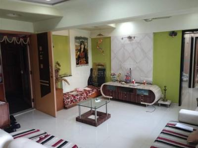 Gallery Cover Image of 950 Sq.ft 2 BHK Apartment for rent in Ashish Swapnalok Towers , Malad East for 40000