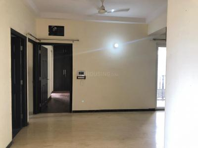 Gallery Cover Image of 1730 Sq.ft 3 BHK Apartment for rent in Mahagun Mirabella, Sector 79 for 28000