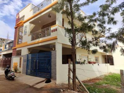 Gallery Cover Image of 2400 Sq.ft 4 BHK Independent House for buy in Bommasandra for 8000000