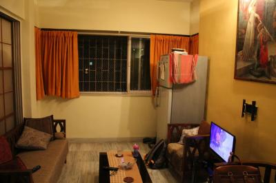 Gallery Cover Image of 300 Sq.ft 1 RK Apartment for rent in Bandra West for 45000