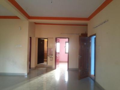 Gallery Cover Image of 1200 Sq.ft 2 BHK Apartment for rent in Nangainallur for 14000