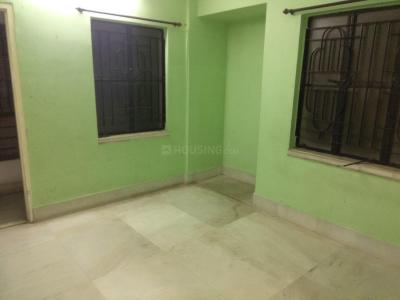 Gallery Cover Image of 750 Sq.ft 2 BHK Apartment for rent in Baghajatin for 9000