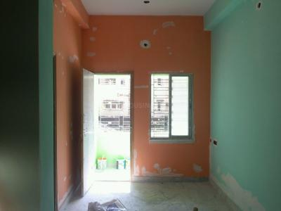 Gallery Cover Image of 500 Sq.ft 1 BHK Apartment for rent in Dum Dum for 5500