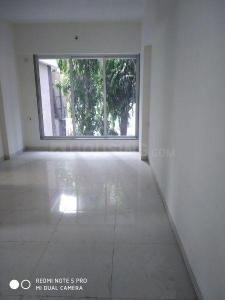 Gallery Cover Image of 890 Sq.ft 2 BHK Apartment for buy in Borivali East for 18500000