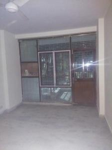 Gallery Cover Image of 1300 Sq.ft 3 BHK Independent Floor for rent in DDA RWA East Of Kailash DDA Flats, Garhi for 40000