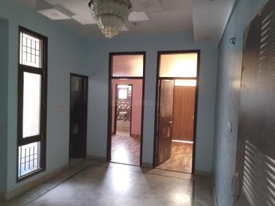 Gallery Cover Image of 700 Sq.ft 2 BHK Apartment for rent in Govindpuram for 5500