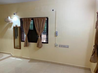 Gallery Cover Image of 1600 Sq.ft 3 BHK Villa for rent in Tambaram for 25000