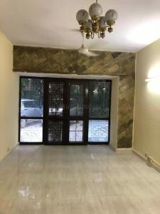 Gallery Cover Image of 1350 Sq.ft 4 BHK Apartment for rent in Pitampura for 31000