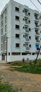 Gallery Cover Image of 1310 Sq.ft 3 BHK Apartment for buy in Singasandra for 5371000