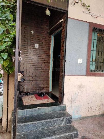 Main Entrance Image of Fernandes PG in Wadgaon Sheri
