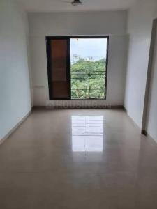 Gallery Cover Image of 700 Sq.ft 2 BHK Apartment for rent in Arham Shri Arham Bluz, Andheri West for 50000