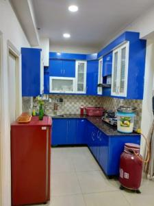 Gallery Cover Image of 1040 Sq.ft 2 BHK Apartment for rent in Gaursons Hi Tech 14th Avenue, Noida Extension for 14000
