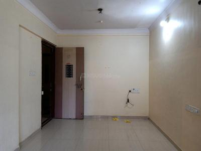 Gallery Cover Image of 600 Sq.ft 1 BHK Apartment for buy in Kandivali East for 10100000